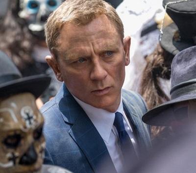 Daniel Craig James Bond SPECTRE Mexico City suit