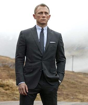 Daniel Craig Skyfall suit