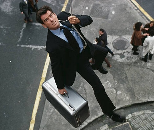 Pierce Brosnan The World is Not Enough Bilbao
